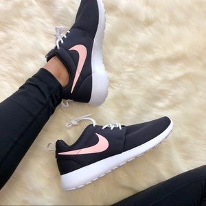 Brand New Nike Roshe One Oil Grey + Storm Pink